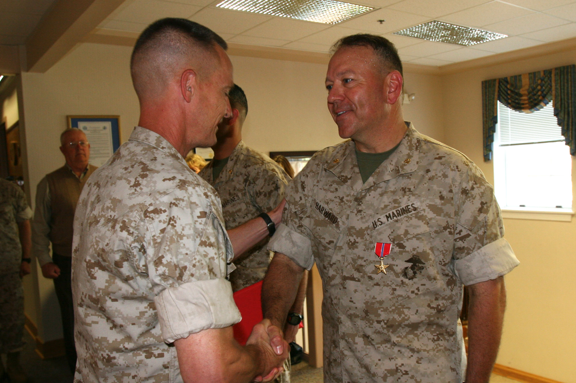 harward-soldier-handshake